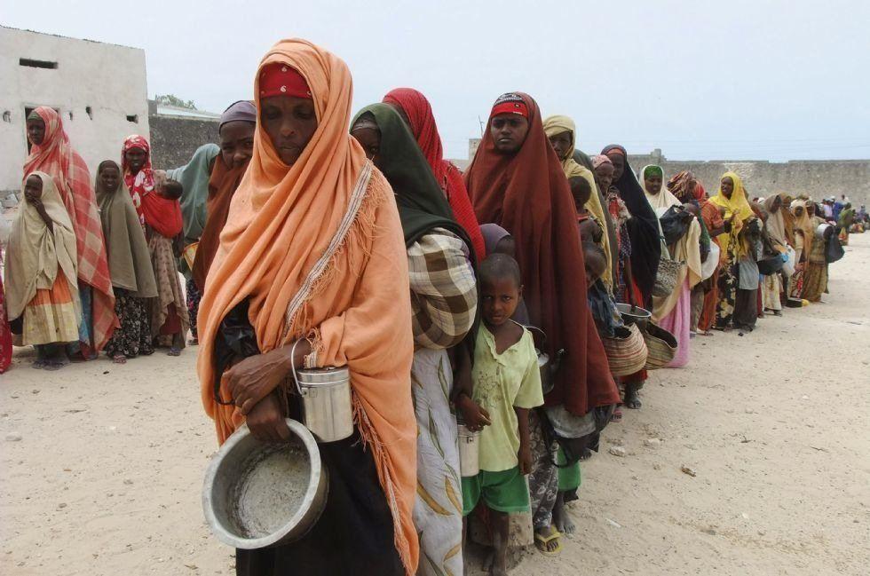El éxodo de somalíes se ralentiza en el cuerno de África pero se intensifica en Yemen