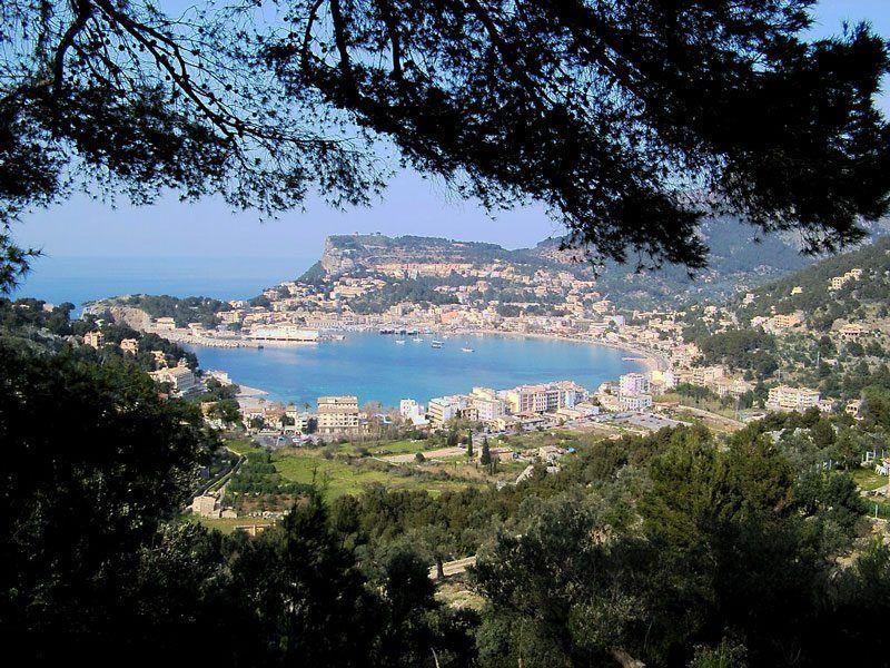 Mallorca y Cádiz, los destinos con mejor reputación online de España