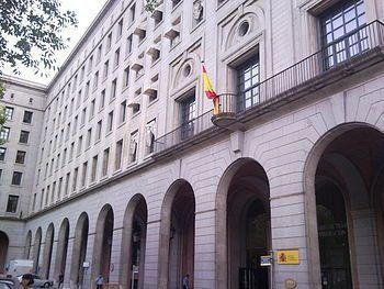 Los trabajadores del Servicio Público de Empleo se encierran hoy en la sede del Ministerio