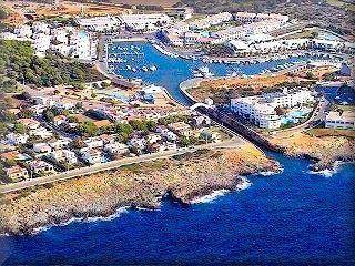 El PSOE de Menorca pregunta a la consellera Pons Faner quina opinió li mereix el projecte d'ampliació de Cala en Bosc