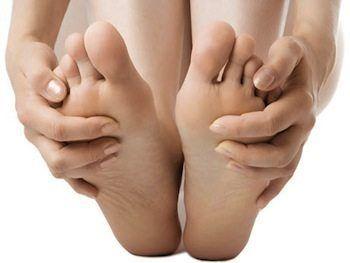 Más de la mitad de los adultos sufre dolor de pies