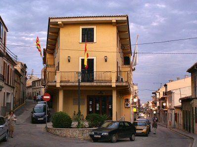 L'IBAVI cedeix tres habitatges i un local a l'Ajuntament de Lloseta per a ús social