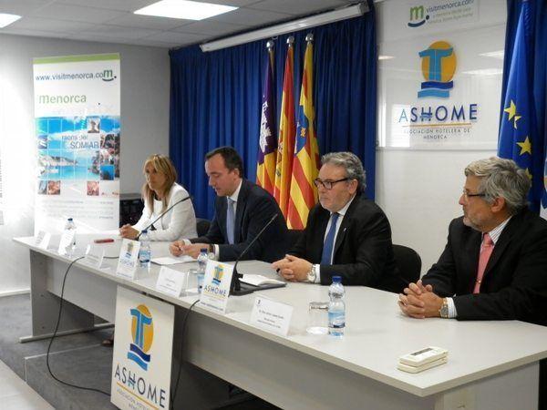 El Secretario de Estado de Seguridad se reúne con el Sector Hotelero de Menorca