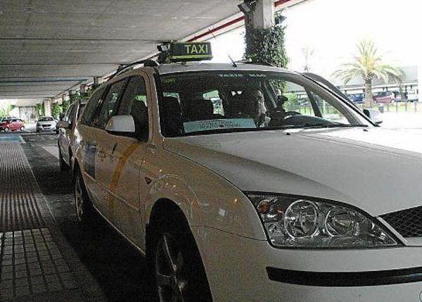 Taxi Maó