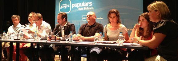 El presidente del Partido Popular de las Illes Balears, José Ramón Bauzá, , en la Junta Insular del PP