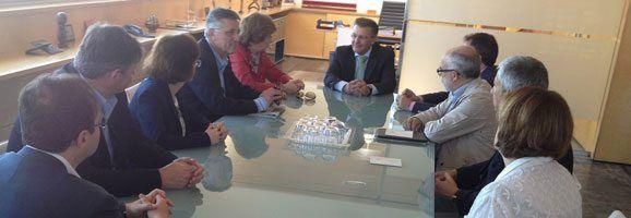 Els senadors al despatx del president Tadeo