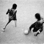 Single Leg Amputee Sports Club (SLASC). Pep Bonet, Sèrie One Goal, Sierra Leona 2002-2007. Col·lecció Es Baluard.