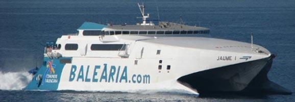 El vaixell Jaume I en un dels seus trajectes habituals entre Barcelona-Alcúdia-Ciutadella.