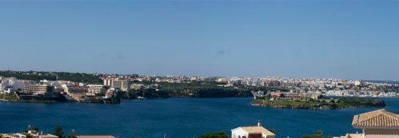 Fotografía del puerto de Mahón.