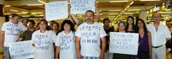 Treballadors a l'aeroport de Palma en Vaga de Fam