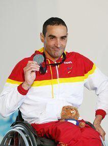 Miguel Luque, medalla de plata en estilo 100 braza.