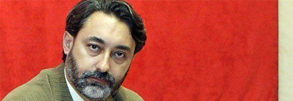 Juan Luís Calbarro, Juan Luis Calbarro, portavoz del partido magenta en las Islas Baleares.