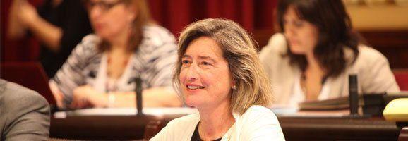 La diputada Asunción Pons reclama que la campaña no se lleve a cabo por los riesgos, impactos y repercusiones negativas que ocasionará al medio ambiente, la pesca y el turismo.