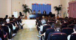 La presidenta de la Comisión de Cultura y Educación del Parlamento Europeo, Doris Pack, ha explicado en que consiste el nuevo programa europeo Erasmus+.