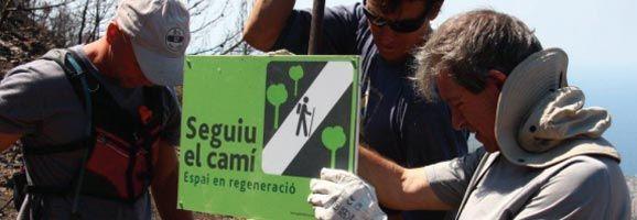 Voluntaris senyalitzant la zona de la Trapa.
