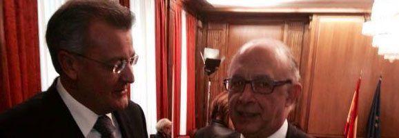 El president Tadeo es reuneix amb el ministre d'Hisenda i Administracions Públiques, Cristóbal Montoro.