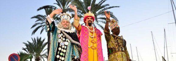 Los Reyes Magos visitando el Paseo Marítimo de Palma de Mallorca, estas pasadas fiestas navideñas.