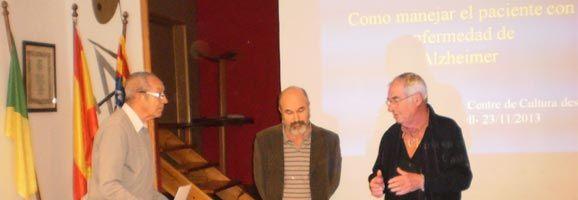 Presentació de la conferència sobre com tractar l'Alzheimer del Centre de Cultura des Castell.