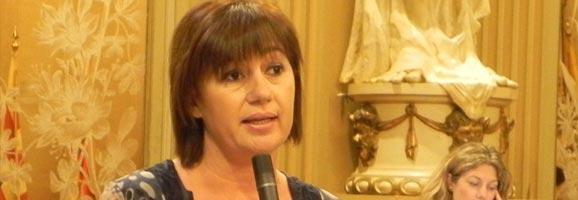 La socialista Francina Armengol al Ple del Parlament.