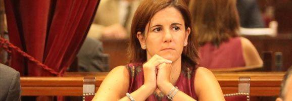 La portavoz de Servicios Sociales del Grupo Parlamentario Popular, Mª José Bauzá.