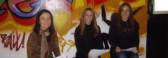 Ita Riera, Coordinadora de Joventut, Carmen Reynés, regidora de Joventut i Silvia Fiol, educadora Social Joventut.