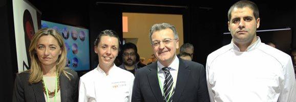 Salomé Cabrer y Santiago Tadeo han podido constatar también la buena marcha de los mercados británicos y alemán.