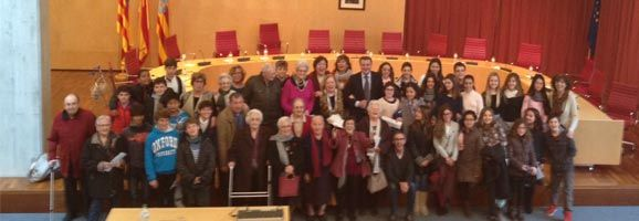 Els asssitents al Ple Intergeneracional que van dur a terme la Residència de Gent Gran i La Salle de Maó, al Consell Insular de Menorca.