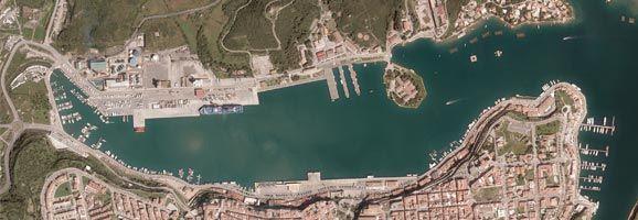 El próximo lunes, 3 de marzo, se iniciará el polémico dragado del puerto de Maó.