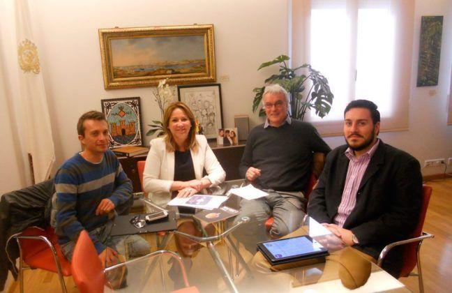 reunions des Foment Cultural de ses Illes Balears amb s'alcalde de Ciutadella, Chiqui De Sintas, i s'alcaldessa de Maó, Águeda Reynés.