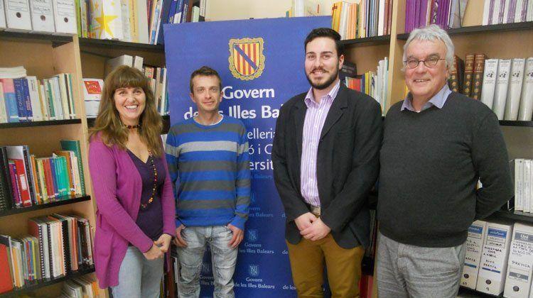 Maite Torrent reunida amb es Foment Cultural de ses Illes Balears.