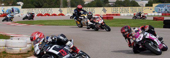 Participantes de la Copa DS del Campeonato de Mini Velocidad de Can Picafort.