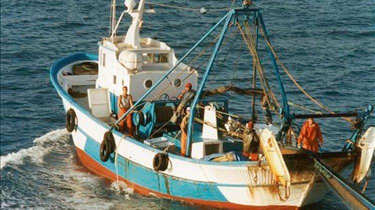 Embarcación de Pesca Ilegal.