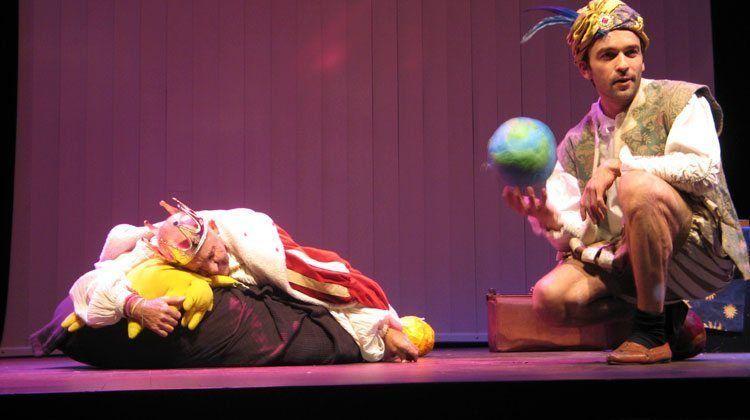 La verdadera historia de los Reyes Magos, obra escenificada en el Teatro Catalina Valls.