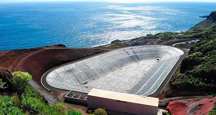 Central hidroelèctrica de Gorona del Viento, a El Hierro.