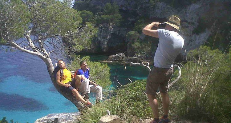 Fotógrafo alemán promocionando el turismo menorquín basado en la naturaleza.
