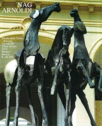 Tre Cavalli una escultura de Nag Arnoldi