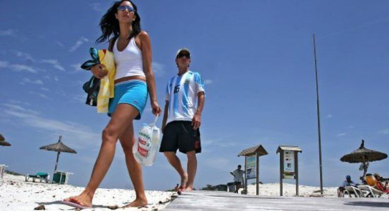 Turistas y la Ecotasa