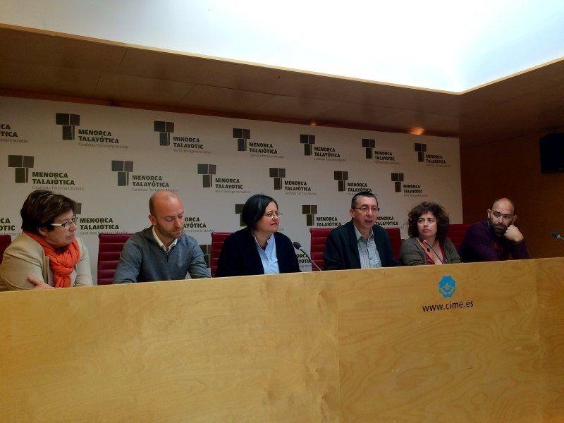 Representants polítics Consell i Plataforma Benvinguts Refugiats Menorca