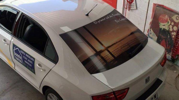 Imagen puesta de sol taxi Es Castell