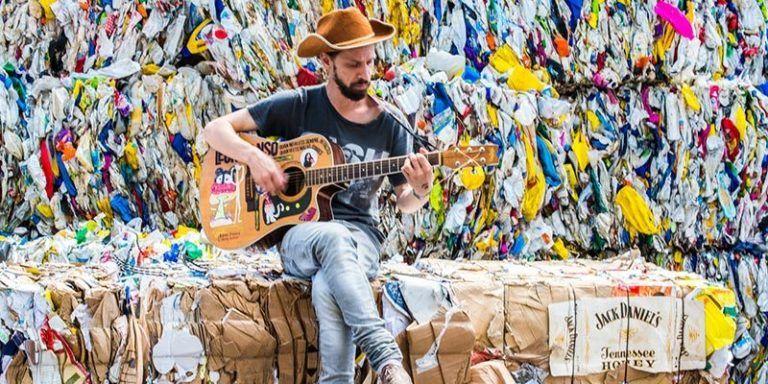 Leonmanso presenta Decideix Reciclar