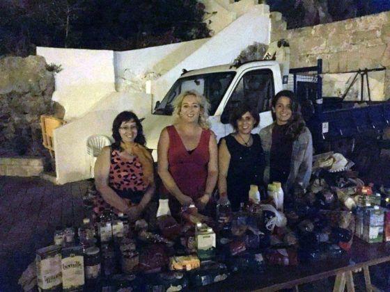 Recogida alimentos concierto solidario Cala Corb 2016