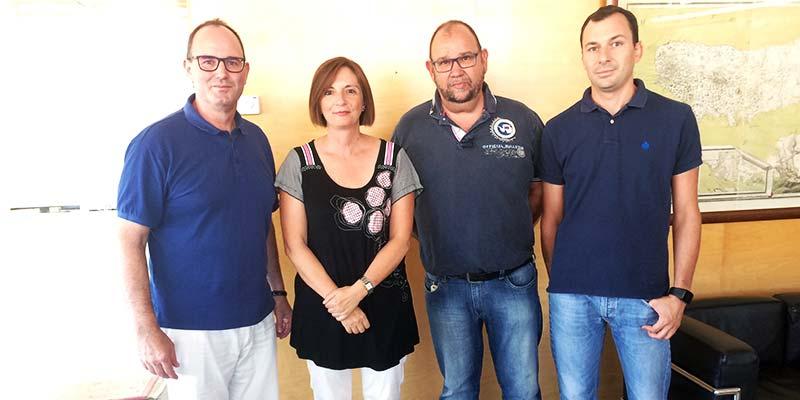 Maite Salord amb l'Associació de Premsa Local de Menorca