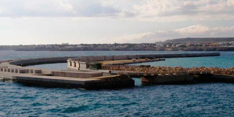 Dique Son Blanc Ciutadella de Menorca