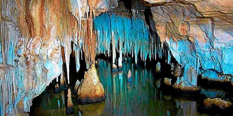 Cuevas Cala Blanca - Menorca