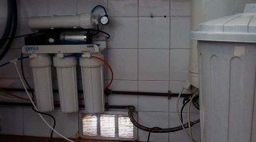 Maó instal·la aparells d'osmosis a tots els col·legis