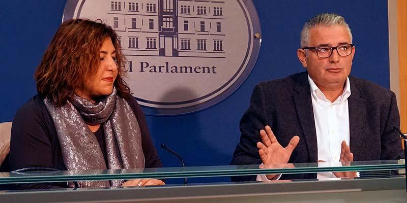 El Pi al Parlament Balear