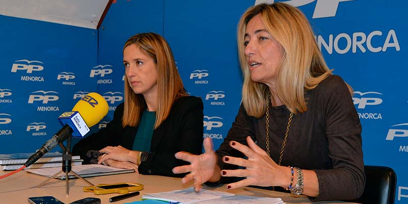 Pilar Pons y Salomé Cabrera