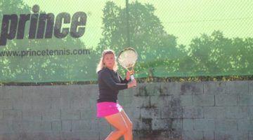 14 tenistas en el Campeonato de Menorca veteranos
