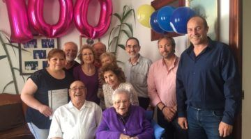 Es Castell felicita a Catalina Garriga per complir 100 anys