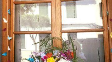Es Castell recibe la primavera con flores, tapas y craft